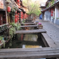 "Lijiang, Yunnan • <a style=""font-size:0.8em;"" href=""http://www.flickr.com/photos/71907000@N08/15765685408/"" target=""_blank"">View on Flickr</a>"