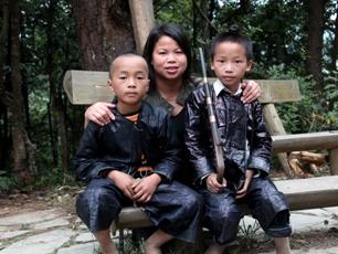 Barn i Biasha