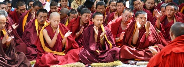 Munkar i Seraklostret, Lhasa