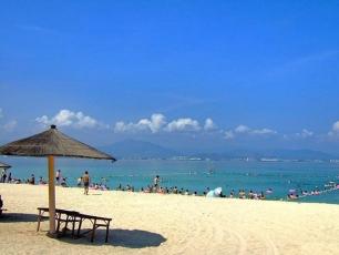 Stranden vid Dadongbukten, Sanya, Hainan