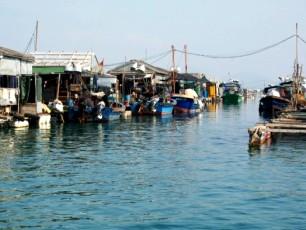 Hainan - fiskarbyn utanför Sanya