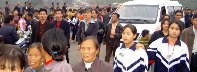 hur många bor i kina